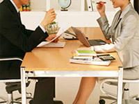 理念1:まず、依頼者の直面する問題に対して、迅速かつ的確な対応とアドバイスを行う。